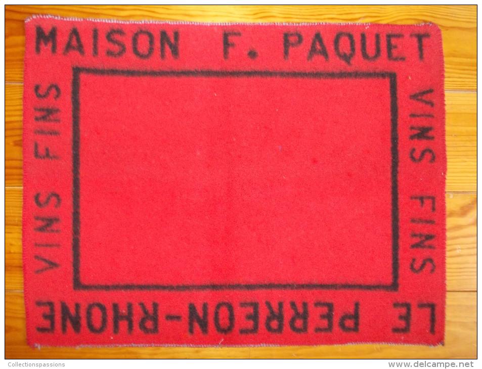 Tapis De Cartes - Maison F. PAQUET - LE PERREON RHONE - Vins Fins - - Cartes à Jouer