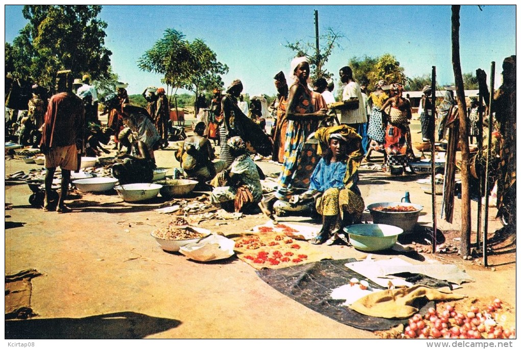 AFRIQUE . Marché . - Cartes Postales