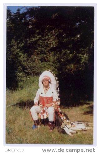 HURON COSTUME TRADITIONEL DES AMERINDIENS DU CANADA - Indiens De L'Amerique Du Nord