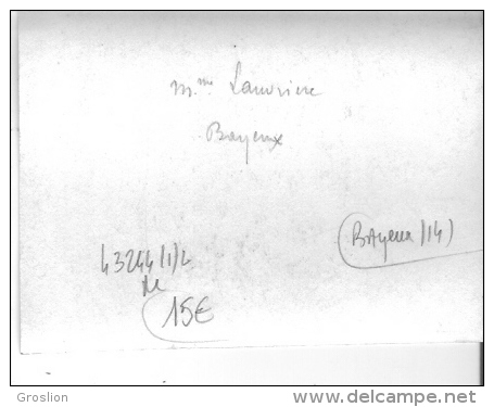 BAYEUX (CALVADOS) PHOTO ANCIENNE PETIT FORMAT FEMME A LA MODE ET CHAPEAU - Non Classés