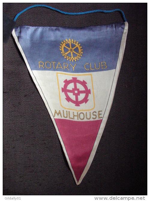 Vintage Fanion:    MULHOUSE.    (FRANCE).  -   ROTARY  CLUB  INTERNATIONAL - Organisations