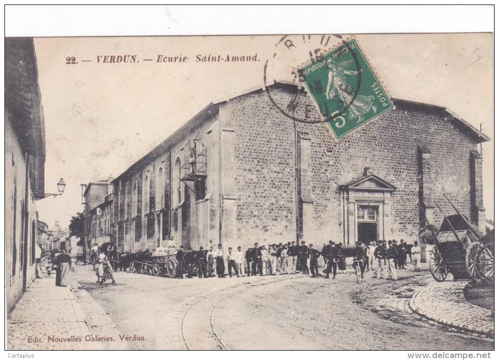 VERDUN ECURIE SAINT AMAND MILITAIRES - Verdun