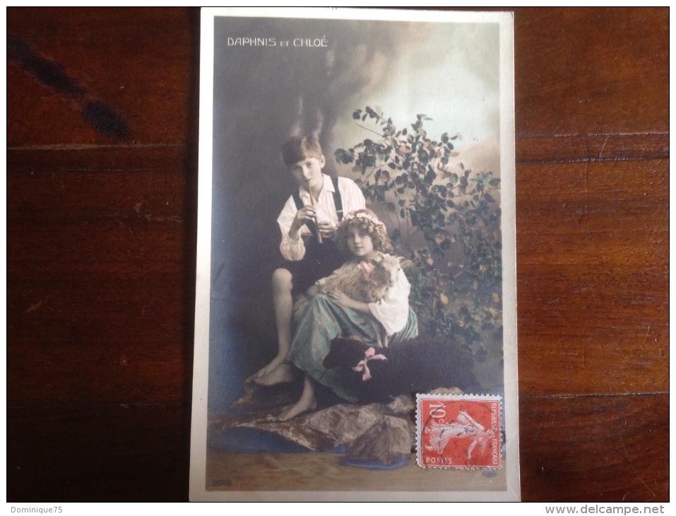 CPA Daphnis Et Chloé Debut XX Photo D'enfants Colorisée  Avec Timbre Semeuse 10 C - Scenes & Landscapes