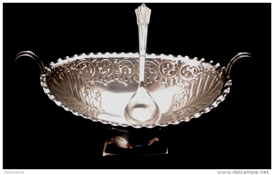1859 ATKIN BROTHERS - SILVER SALT DISH AND SPOON - Silverware