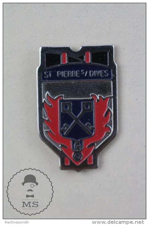 Sapeurs Pompiers Saint-Pierre-sur-Dives France Fireman/ Firefighter - Pin Badge #PLS - Bomberos