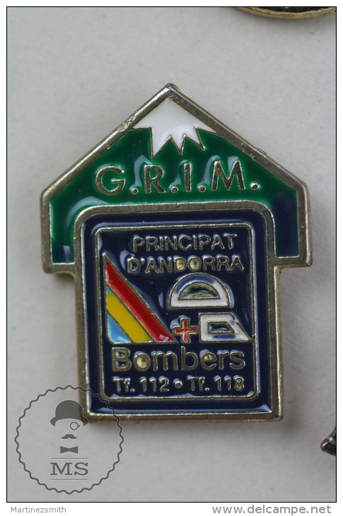 Fireman/ Firefighter GRIM Andorra - Pin Badge #PLS - Bomberos