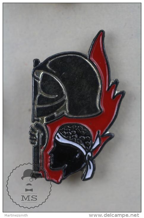 Fireman/ Firefighter Sapeurs Pompiers - Pin Badge #PLS - Bomberos
