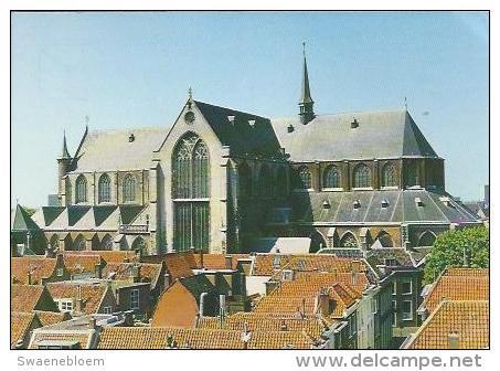 NL.- Leiden - Pieterskerk. 2 Scans. - Leiden
