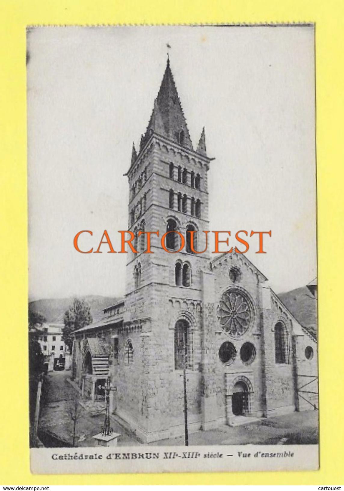 CPA 05 EMBRUN LA CATHEDRALE XII Et XIII Siècle Vue D' Ensemble - Embrun