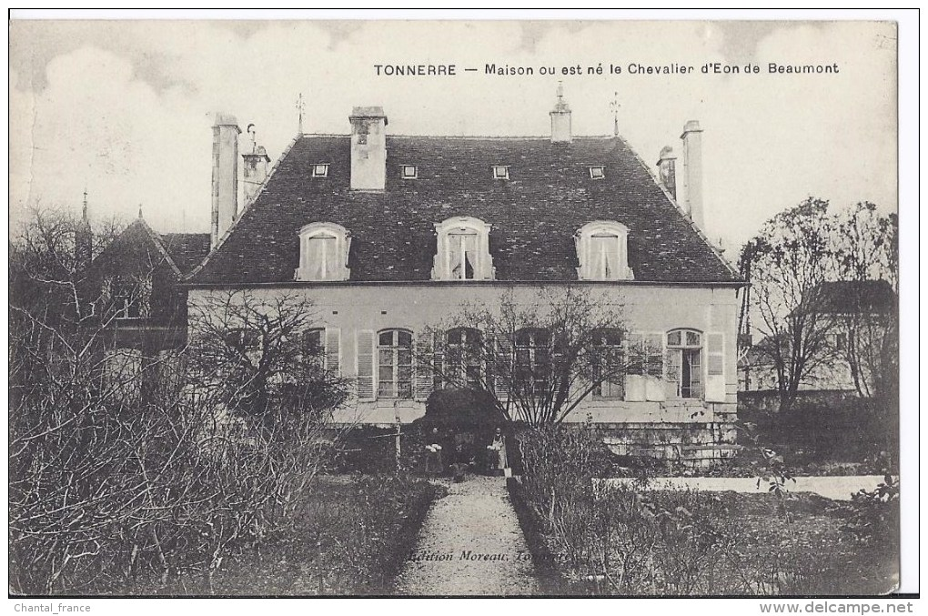 Tonnerre. Maison Où Est Né Le Chevalier D'Eon De Beaumont. Château ? - Tonnerre