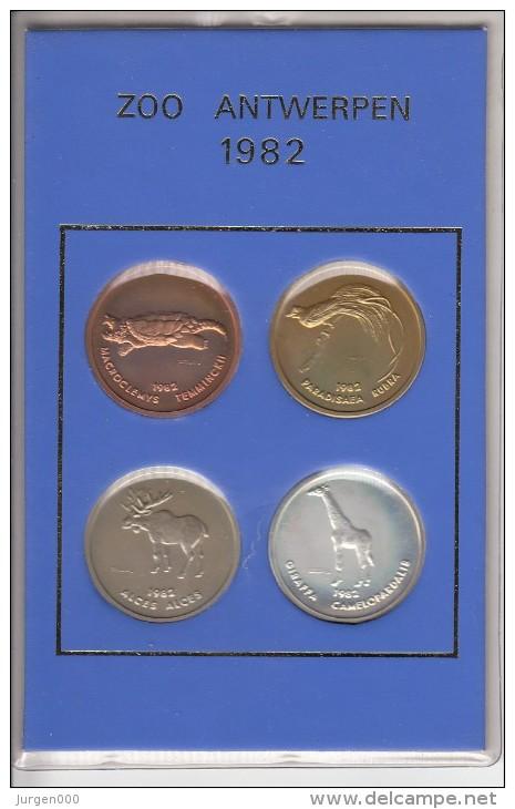 Zoo Antwerpen, Complete Set 1978-1987, Van 40 Munten Voor 100 Maal Toegang, Huidige Waarde 2250 € !!! - Belgien