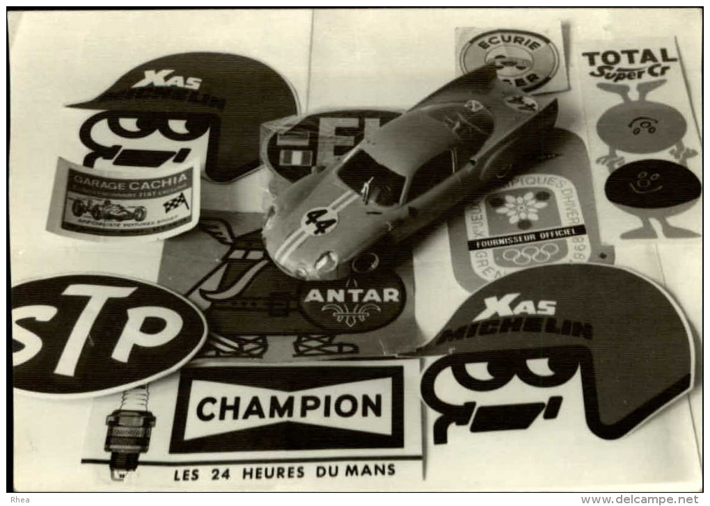 AUTOMOBILES - PHOTO - Petites Voitures - 24 Heures Du Mans - Automobiles
