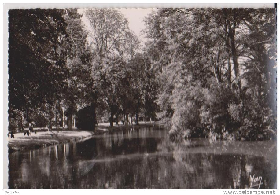 TARBES-Jardin Massey-le Lac - Tarbes