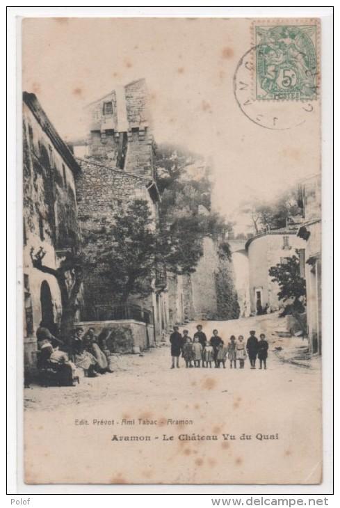 ARAMON - Le Chateau Vu Du Quai    (81455) - Aramon