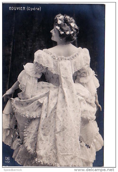24651 Actrice Acteur Théatre Opéra Courtisane Cantatrice Diva - ROUVIER -MVB 1552 -robe Mode - Opéra