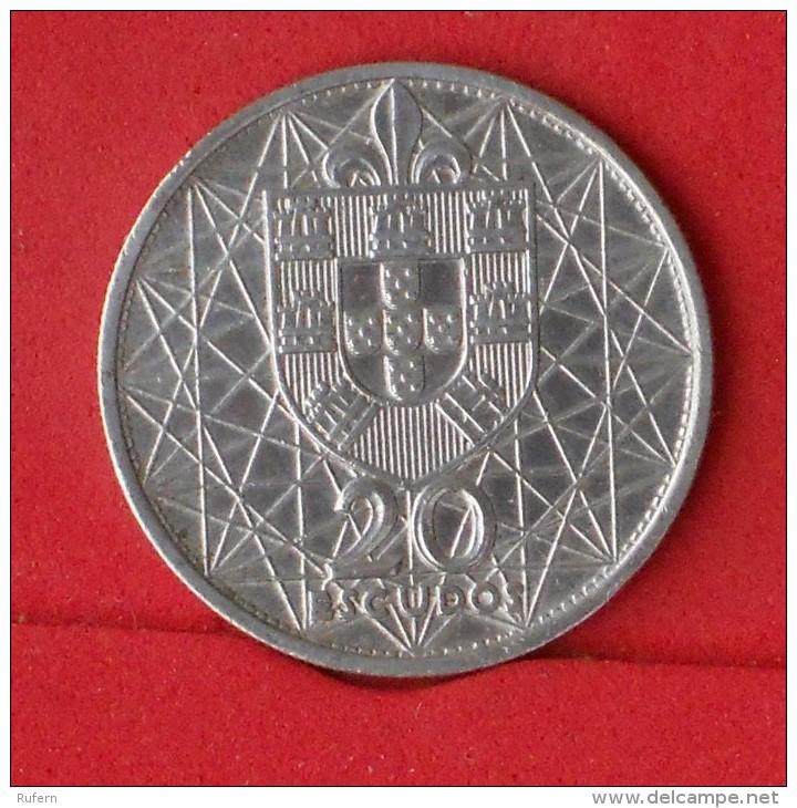 PORTUGAL  20  ESCUDOS  1966  10 GRS - 0,650 SILVER KM# 592  -    (Nº12675) - Portugal