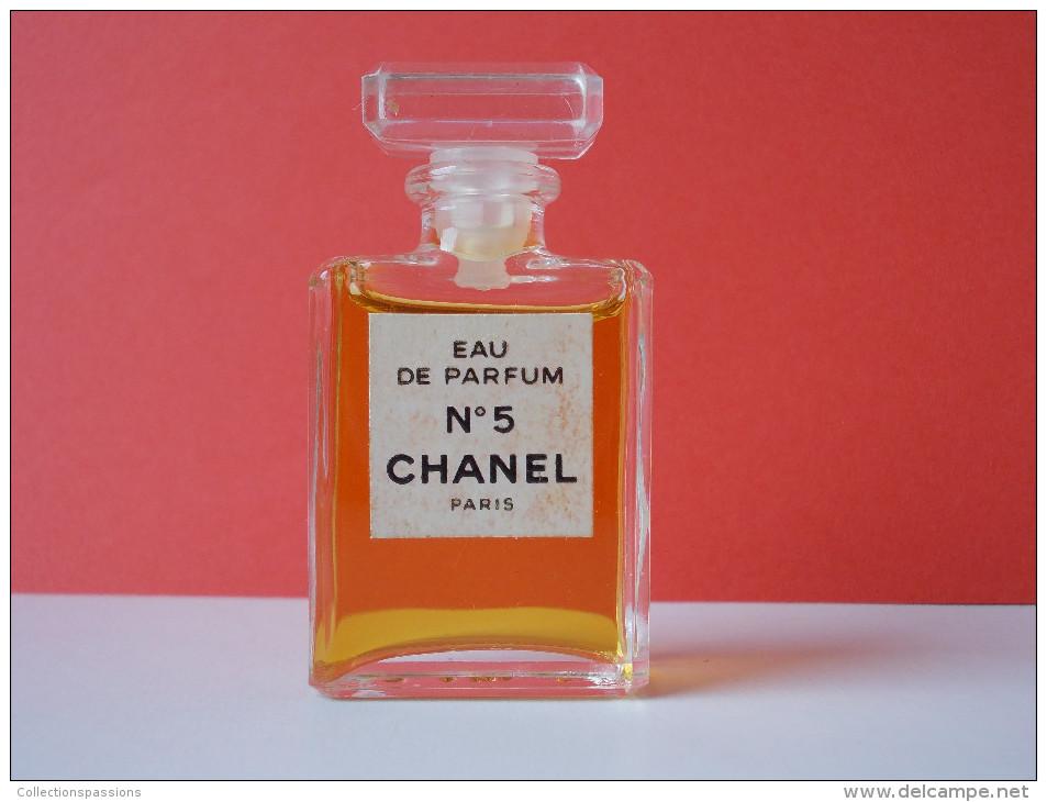 - Miniature De Parfum - N°5 DE CHANEL - - Miniatures Modernes (à Partir De 1961)