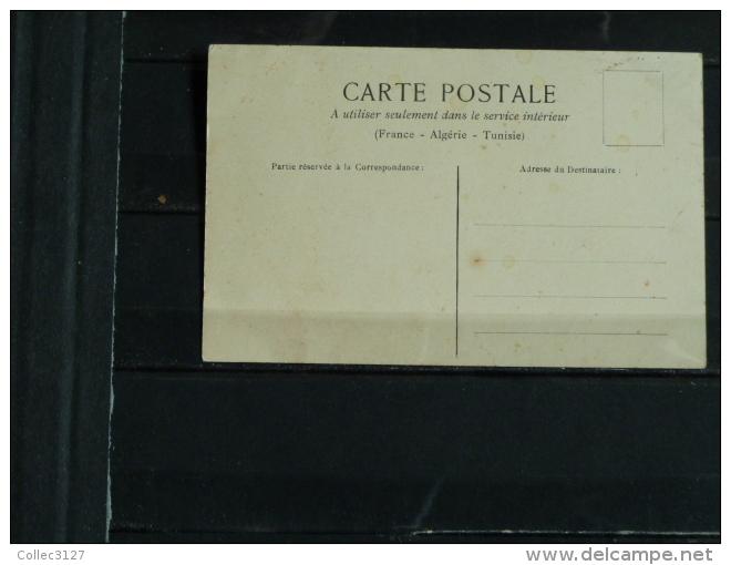 CPA  D´illustrateur- Couple - Sur Les Bancs Publics - Parejas