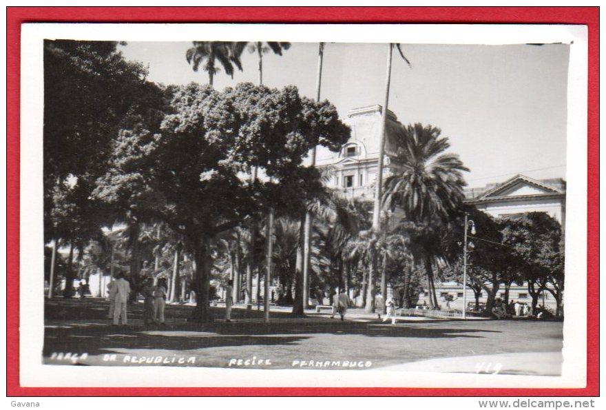 BRESIL - RECIFE - Praça Da Republica - Recife