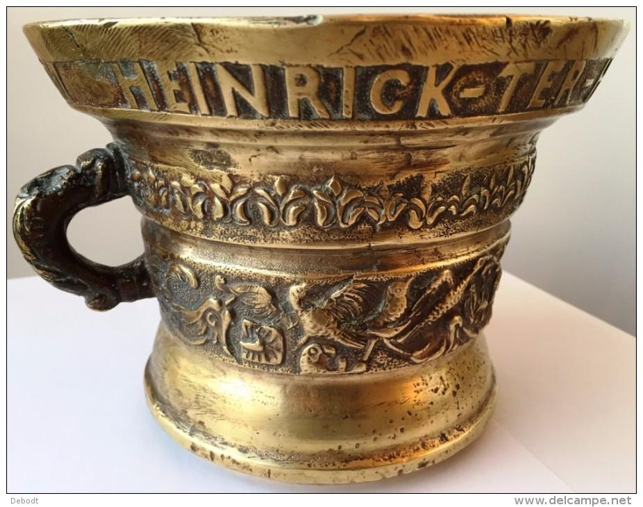 """Mortier En Bronze """"Heinrick Ter Horst Me Fecit - Anno 1607"""" - Brons"""