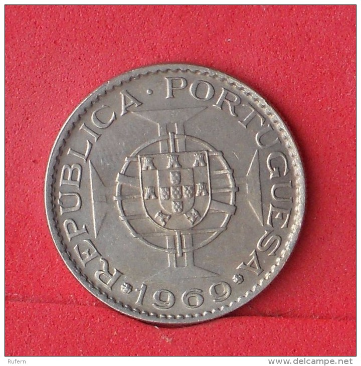 ANGOLA  10  ESCUDOS  1969   KM# 79  -    (Nº12776) - Angola