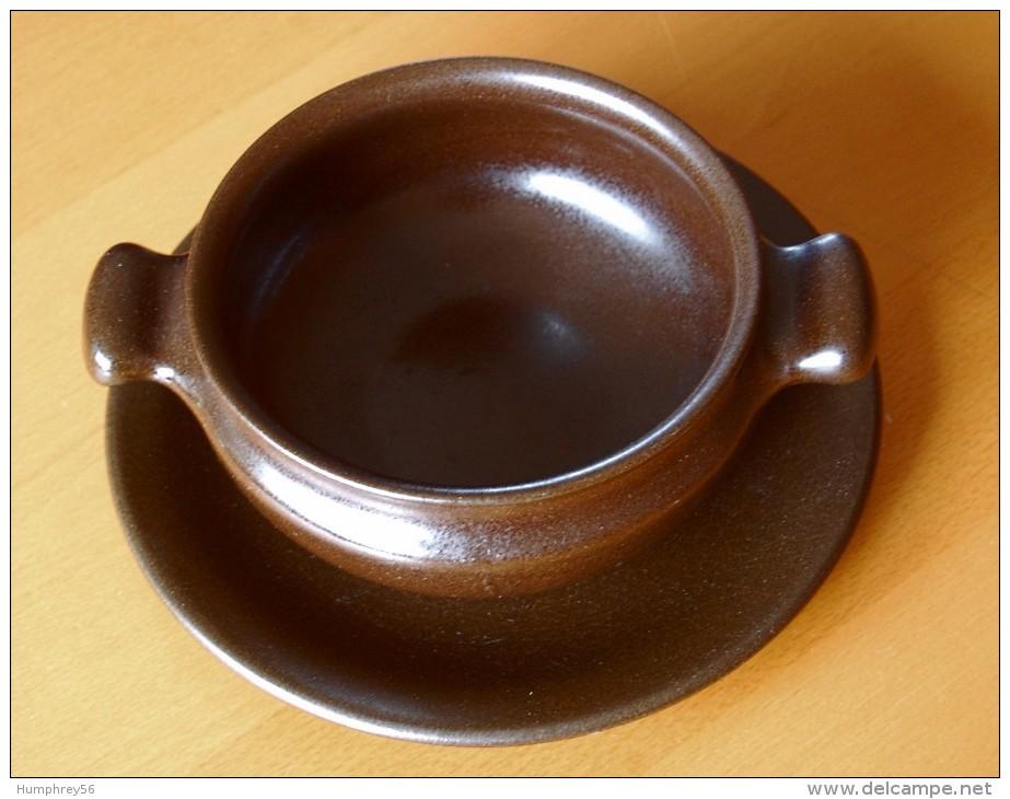 Soepkom Met Schotel/Bol De Soupe Avec Soucoupe/Suppenschüssel Mit Untertasse/Soup Bowl With Saucer - Autres