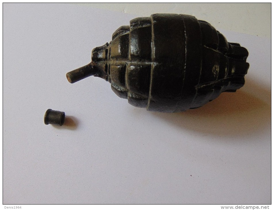 Grenade Inerte WW1 BESOZZI - Non Classés