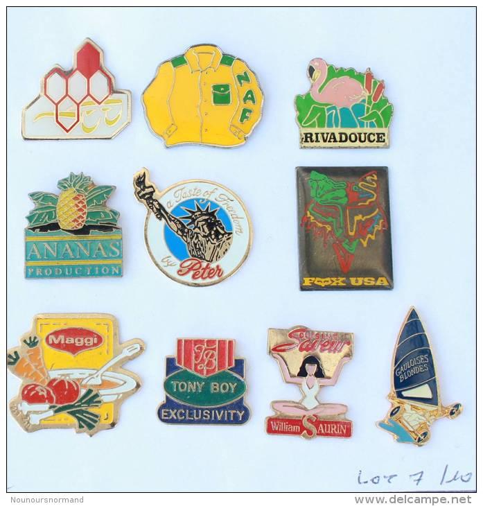 Lot De 10 Pin's - PRIX SACRIFIE !!!! - Lot N° 7- E467 - Badges
