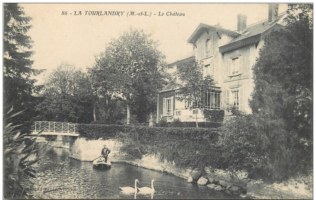 49-418   CPA  LA TOURLANDRY Le Chateau  Cygne      Belle Carte - Autres Communes