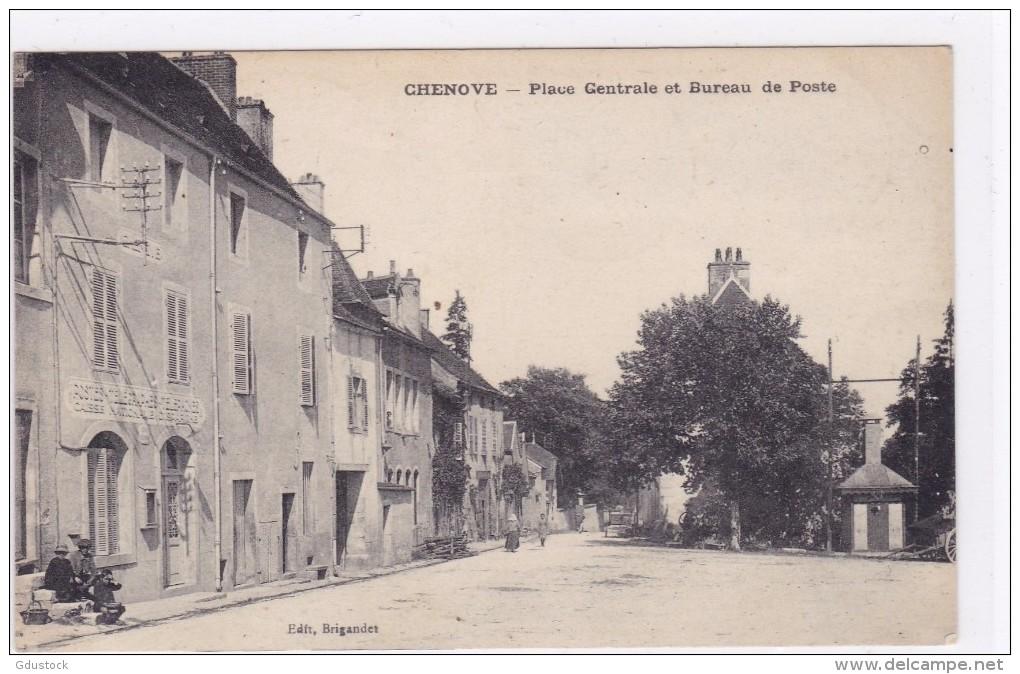 Chenôve - Place Centrale Et Bureau De Poste - Chenove
