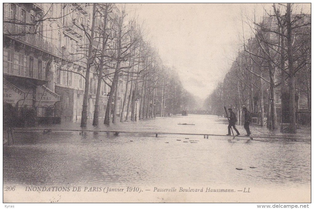 INONDATIONS DE PARIS (01/10) Passerelle Boulevard Haussmann (Pub Réglisse ZAN) - Paris Flood, 1910