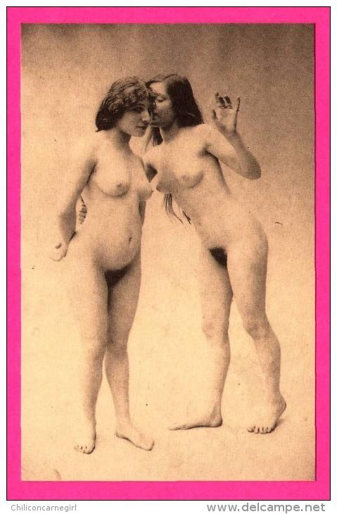 Érotique - Sexy - 2 Femmes Debout Complètement Nues - Lesbiennes - Seins Nus - Pornographique - J.A. PARIS - Fine Nudes (adults < 1960)