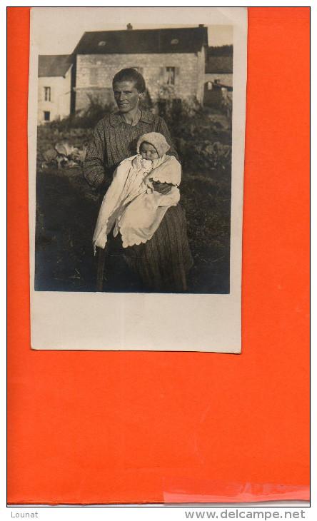 Carte Photo- à Identifier Femme- Bébé - Cartes Postales