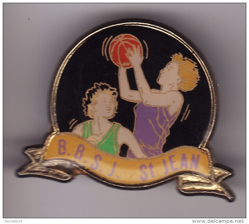 PIN´S --   SAINT JEAN DE THOUARS -- Basket Féminin ( Dép 79 ) - Basketball