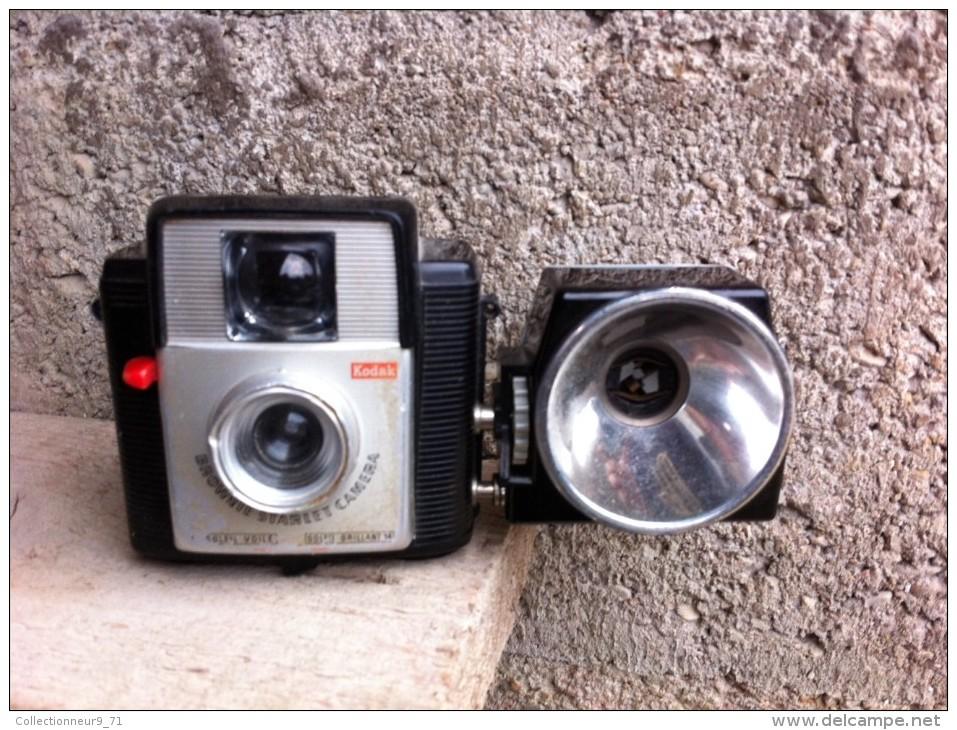 Appareil Photo Vintage Kodak Brownie Starlet Camera + Kodak Flash D Collection - Appareils Photo