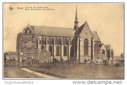 GEEL: Zicht Der St Dimphna Kerk - Geel
