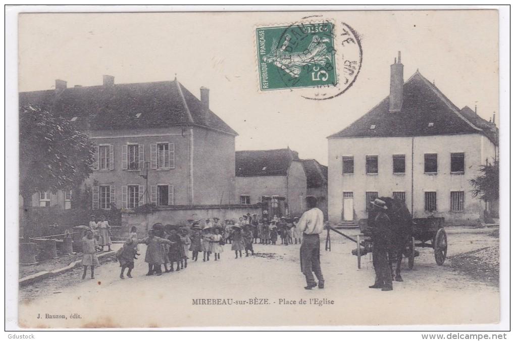 Mirebeau-s-Bèze - Place De L'église - Mirebeau