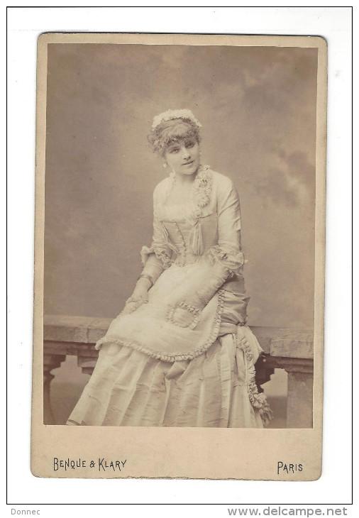 PHOTOGRAPHIE, Alice Marot , Phot. Benque  ,   Format Cabinet ( Daté 1879 ) - Photographs