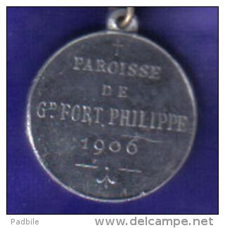 Médaille De 1906  59. Grand Fort Philippe Paroisse Notre Dame De Grace. - Religion & Esotericism
