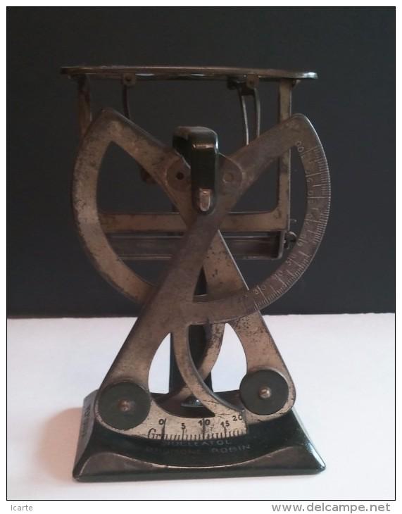Pèse-lettres Publicitaire BROMONE ROBIN . Fin XIXème Début XXème .Excellent état - Pèse-lettres