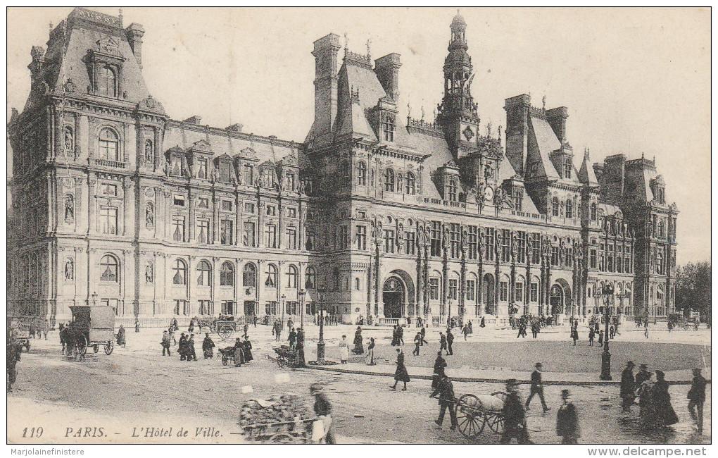 Dép. 75 - PARIS - L'Hôtel De Ville. Très Animée. Ecrite Et Circulée. LL N° 119. - Petits Métiers à Paris