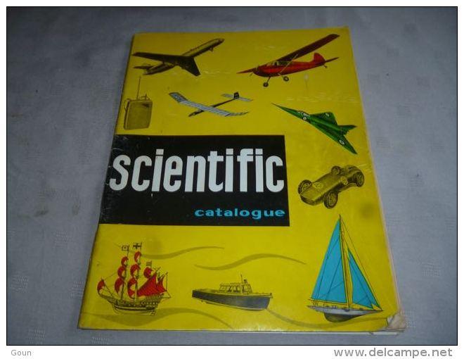 CB8 LC141 Catalogue Bilingue Modélisme Scientific Avion Bâteau Voilier Auto Moteurs Etc Revell Modelbouw - Belgique