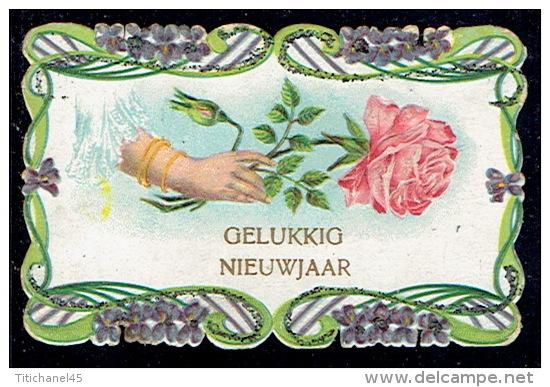 Chromo Jolie Petite Carte De Voeux Gaufrée, Roses,violettes, Paillettes, Pourtour Dentelé - Bloemen
