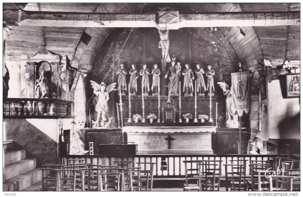 22 COTE D´ARMOR  LE VIEUX MARCHE  Intérieur De La Chapelle Des Sept Saints - Other Municipalities