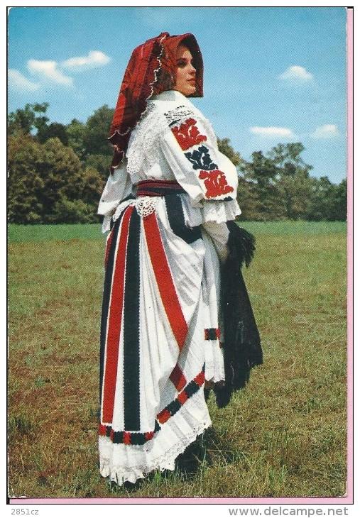 National Costumes From Slavonska Posavina (Croatia), Yugoslavia (1110) - Europe