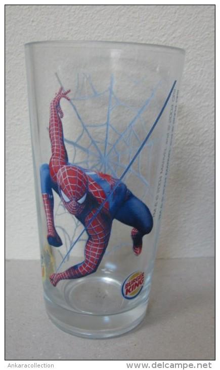 AC - YEDIGUN - BURGER KING - SPIDERMAN - RARE GLASS FROM TURKEY - Otras Colecciones