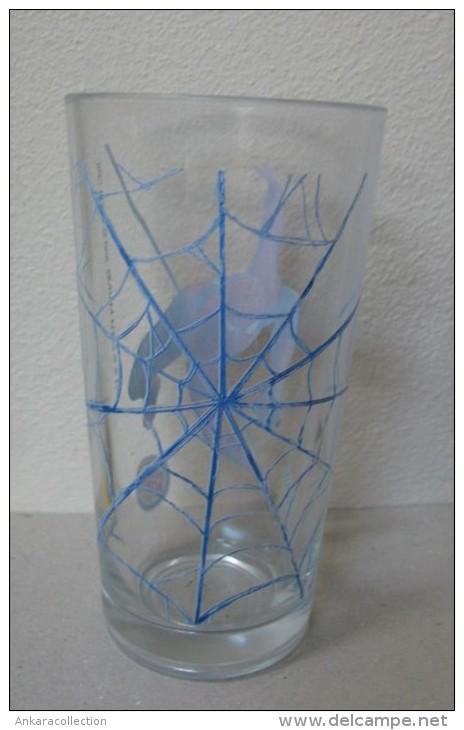 AC - YEDIGUN - BURGER KING - SPIDERMAN - RARE GLASS FROM TURKEY - Andere Flessen