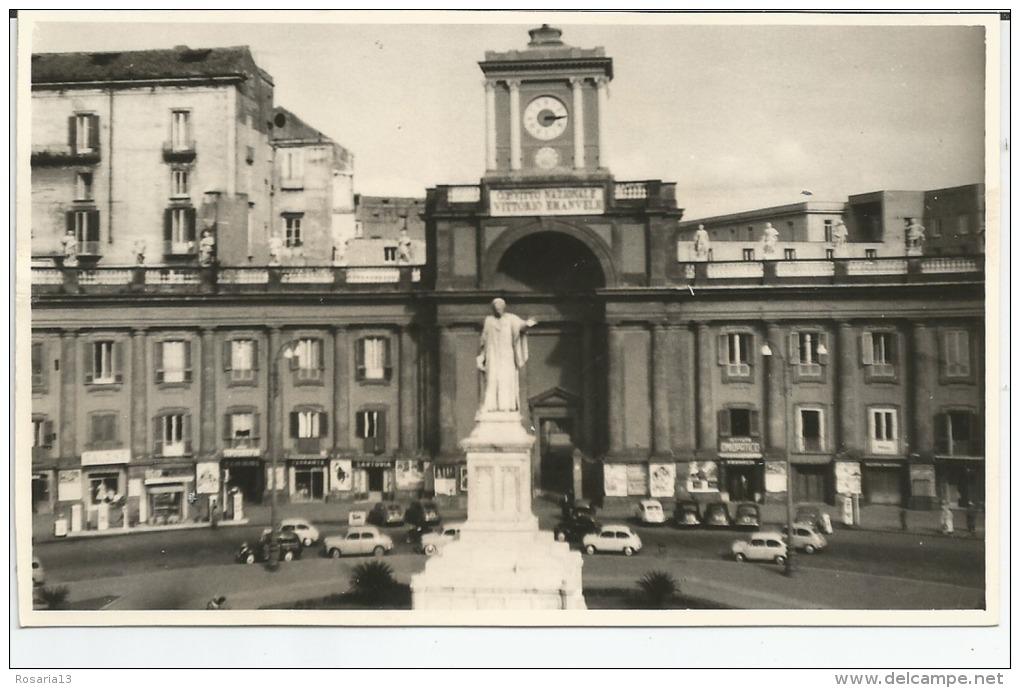 CARTOLINE,   FOTO  CARTOLINA,     PIAZZA DANTE,  NAPOLI, CAMPANIA.  ANNI 50, - Napoli