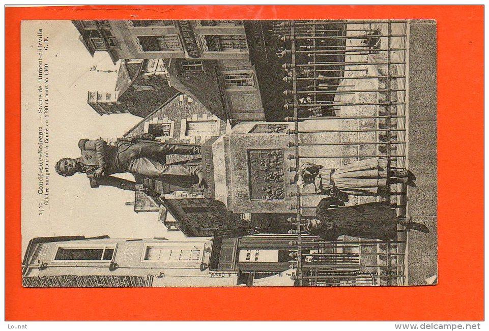 14 Condé Sur Noireau : Statue De Dumont D'Urville - Autres Communes