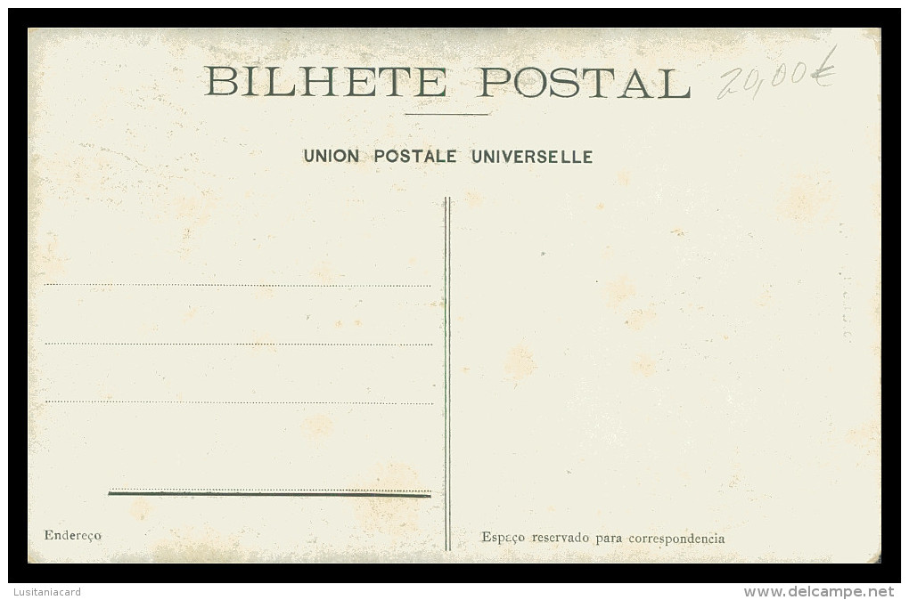 ASIA - TIMOR  - COSTUMES - Uma Timorense   Carte Postale - Timor Oriental